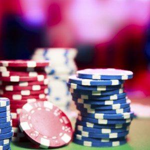 Sukses uang dengan dana turnamen permainan poker