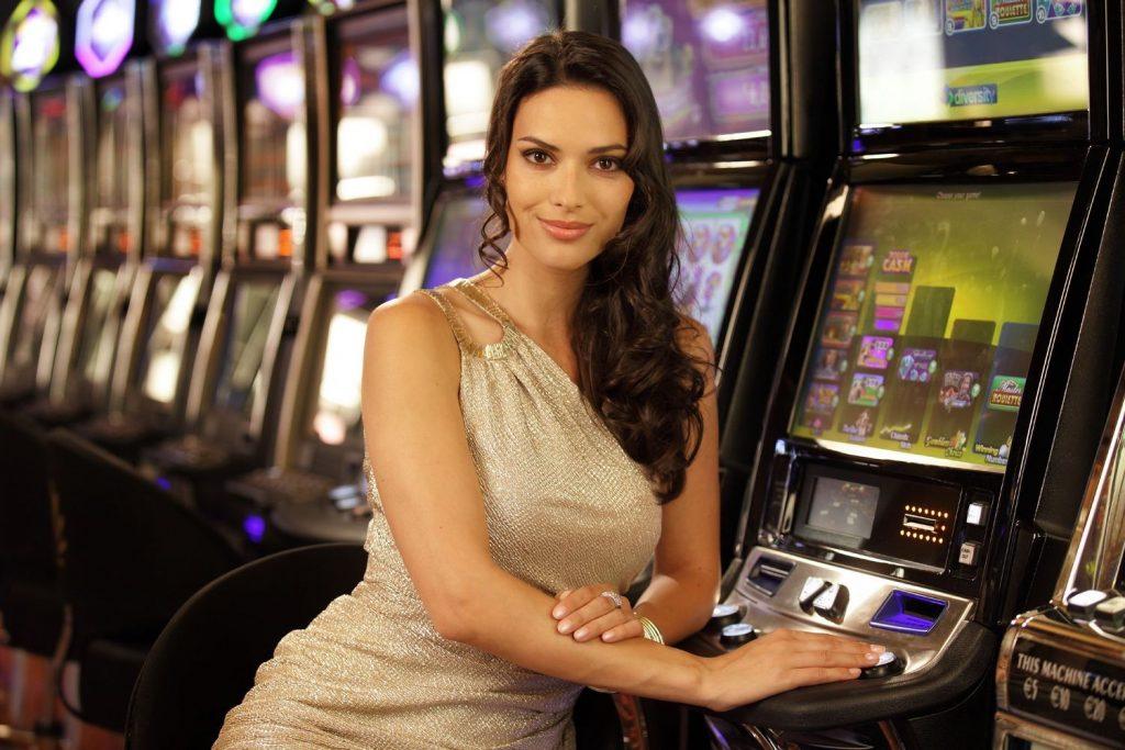 nurse follies slot machine online